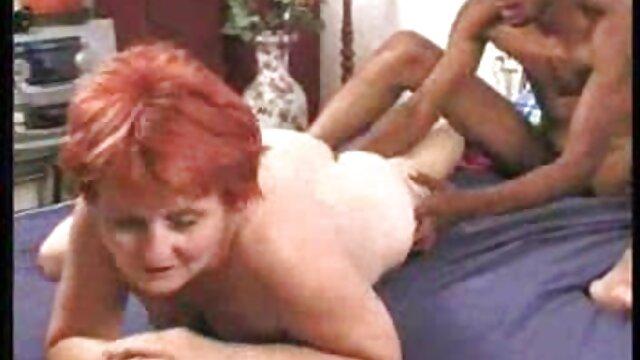 後部座席での車の中でのセックス 奥原 莉乃 無料 動画